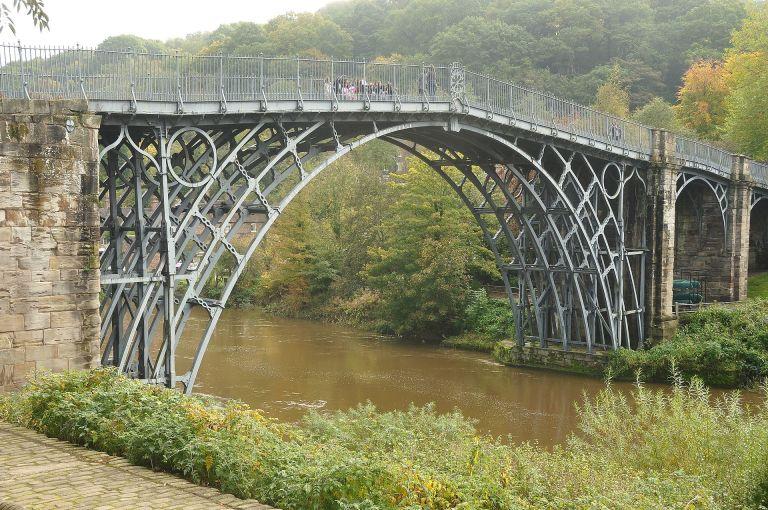 the_iron_bridge_(8542)